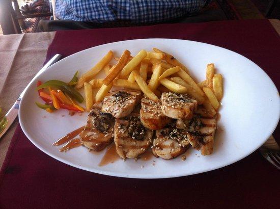 Restaurant Roberg: Chicken Breast stuffed with liver