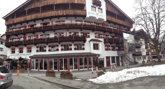 Hotel Goldener Greif: Pano view of Hotel