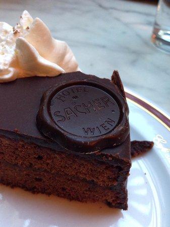 Cafe Sacher: Original Sacher cake: 5€