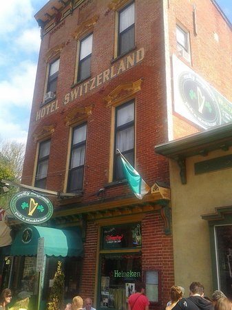 Molly Maguires Pub & Steakhouse: Molly`s