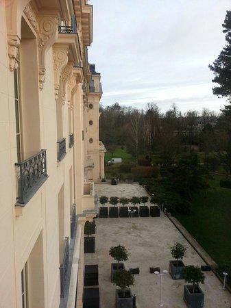 Trianon Palace Versailles, A Waldorf Astoria Hotel: Vue Depuis notre chambre