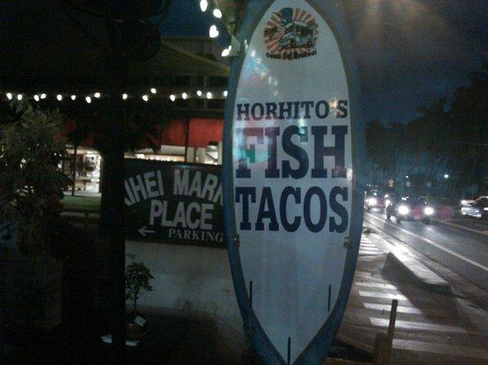 Horhitos Taqueria: Street view