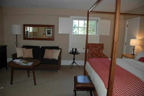 Woodstock Inn and Resort : Gorgeous and homey room