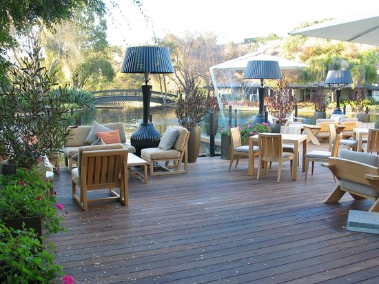 Quail Lodge & Golf Club : Huge deck with seating and heat lamps