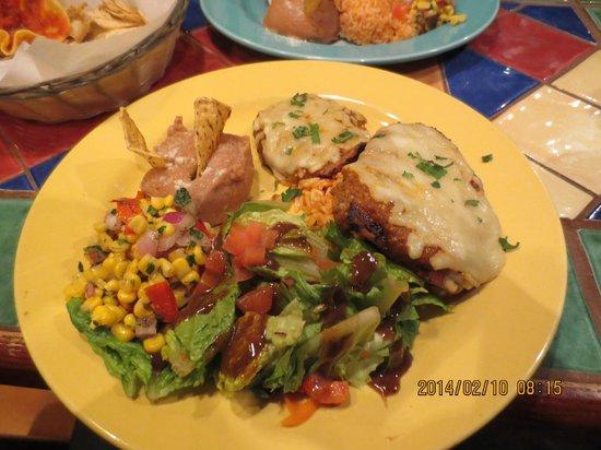 Julio's Barrio: Chicken dish