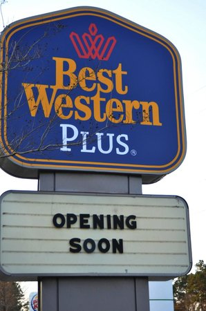 BEST WESTERN PLUS Tallahassee North Hotel: This completely renovated property will be opening soon!