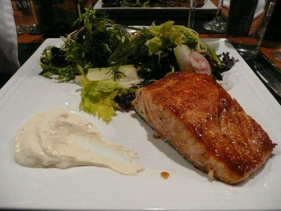 franccesco grill resto : Salmon
