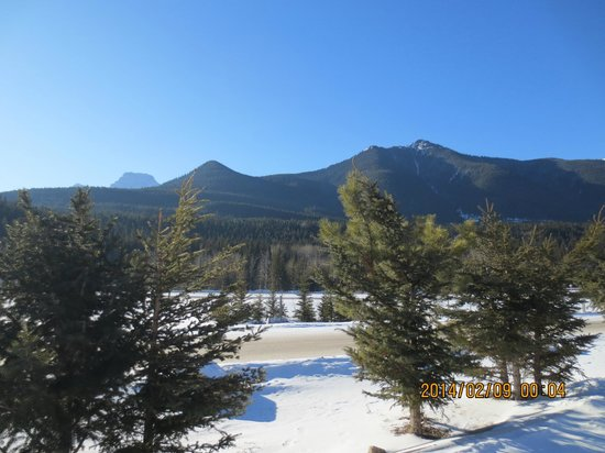 Big Horn Motel: mountain view from hotel