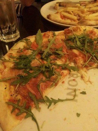 Mo Mambo: Parma ham & Rocket
