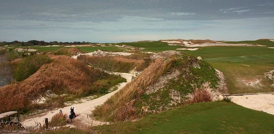 Streamsong Golf Clubhouse: Acres of bunkers; bring your shot making or bunker game