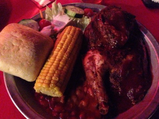 Rustler's Rooste : Large portions of average BBQ