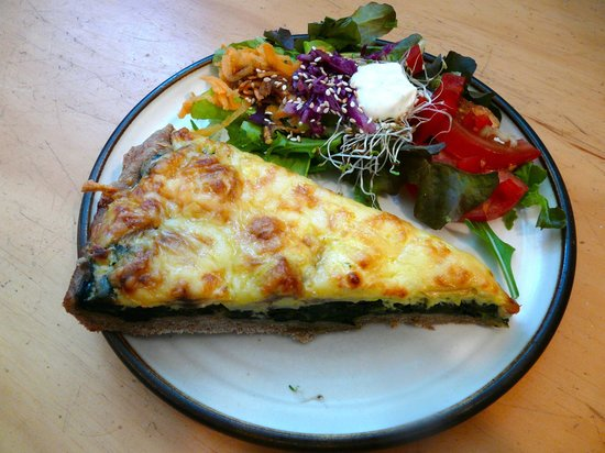 Takaka Infusion: Spinach-Mushroom&Feta Cheese Quiche