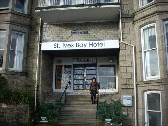 Bay St. Ives Bay Hotel: Front Entrance