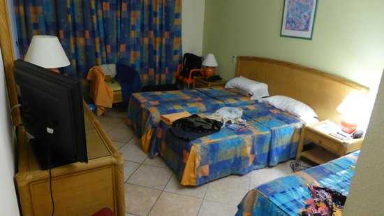 Karibea Beach Resort Gosier : chambre triple