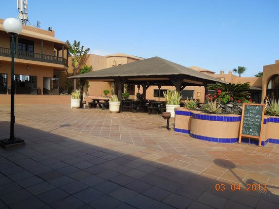 Oasis Duna Hotel: pizza place