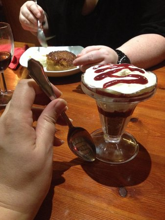 Grills Steakhouse: Cheesecake in a glass