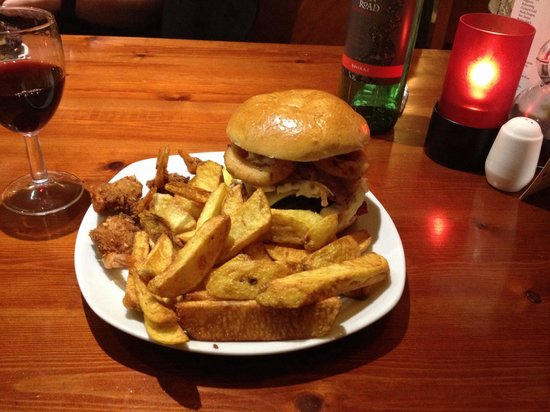 Grills Steakhouse: Steakhouse burger with onion rings and coconut prawns