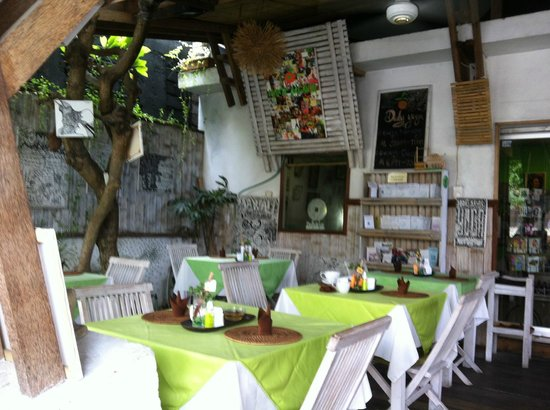 Manik Organik: Restaurant