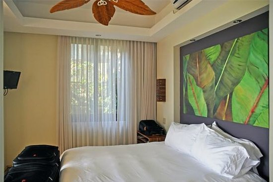 Arenas del Mar Beachfront & Rainforest Resort : Room