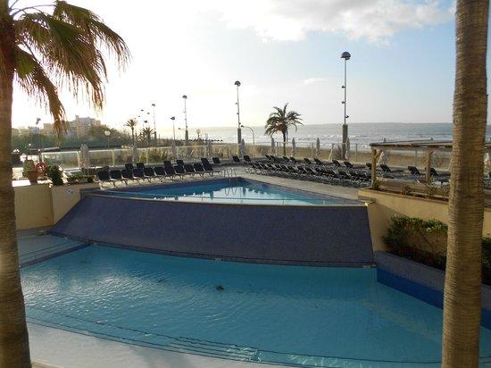 Aparthotel Fontanellas Playa : Une vue de notre chambre