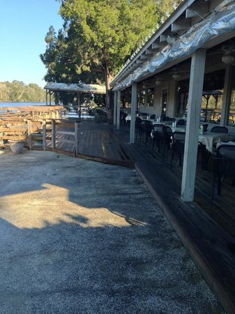 Barbara Jean's: Outdoor dining on the IntraCostal