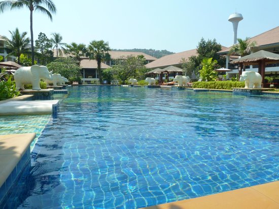 Bandara Resort & Spa: Big Pool