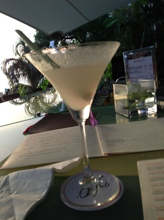 The Pavilions Phuket: Ginger and Lemongrass Martini at 360 Bar