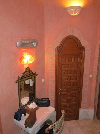 Dar Ayniwen Villa Hotel: Bathroom - Tiwaline II
