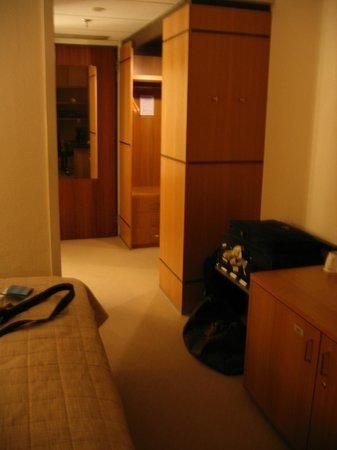 NH Luxembourg : Towards door