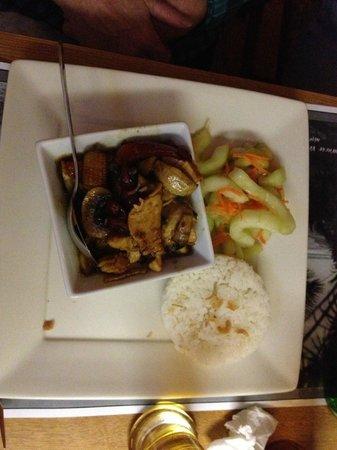 Curry Creek Cafe: Chicken Stir Fry