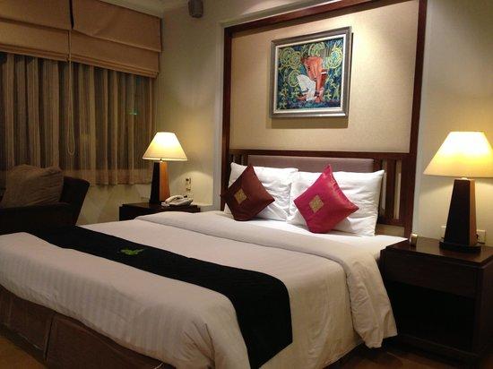 The Key Bangkok Hotel by Compass Hospitality: key1