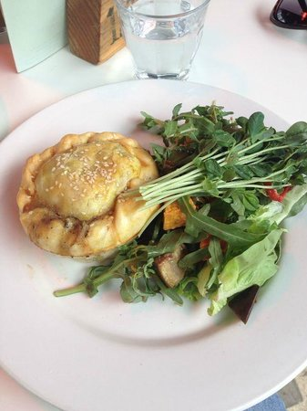 Lily's Pad: Pie and Salad