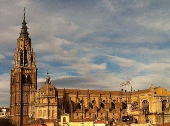 Hotel Santa Isabel : La catedral de Toledo