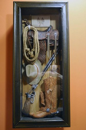 The Willows: Cowboy decor, suite #4