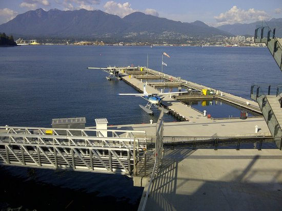 Pat Bay Air Floatplane Tours: Vancouver Harbour Seaplane Terminal