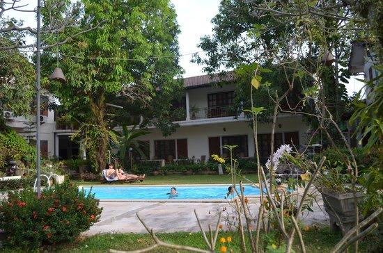 Villa Manoly : garden rooms
