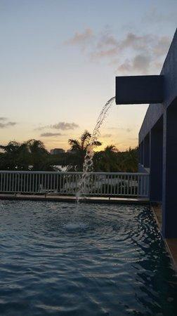 The Westin Resort & Spa Cancun: lagoon pool