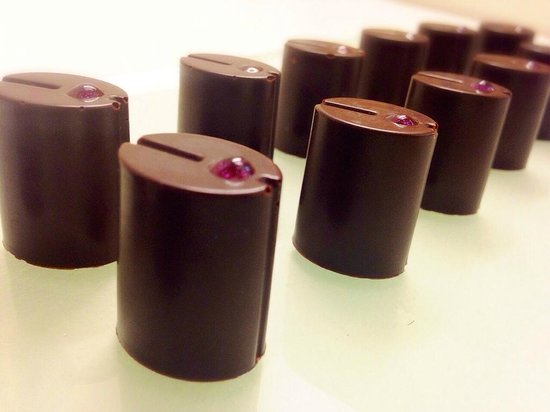 Volveras a Mi: Chocolate & Tannat Wine