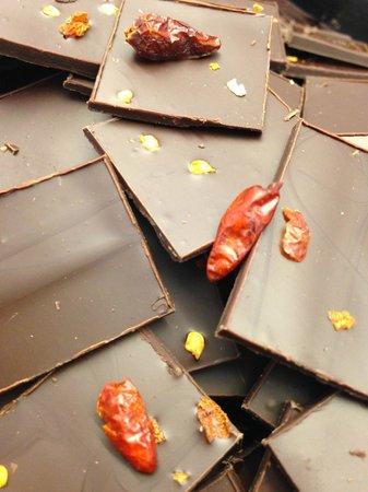 Volveras a Mi: Chocolate & Chile
