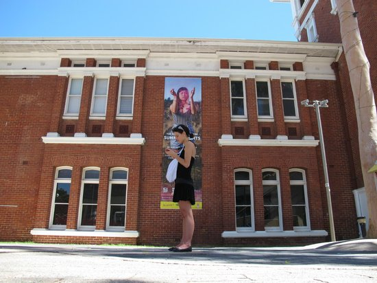 Shoot Perth - Day Tour: PICA Lady