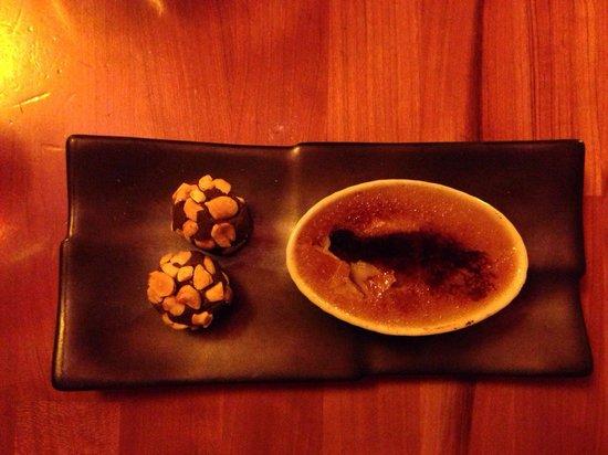 Jackson's Bar and Oven : Peanut Butter Creme Brûlée with Chocolate Truffles - GLUTEN FREE!!  Best brûlée ever!