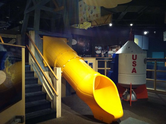 Boonshoft Museum of Discovery: Slide