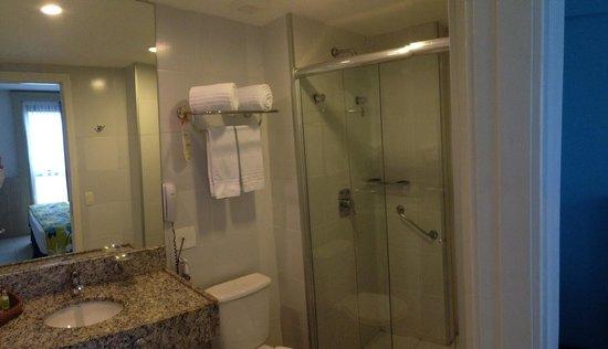 Quality Hotel Manaus: Bathroom