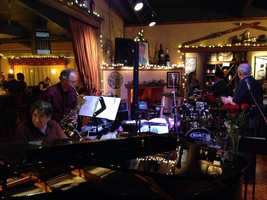 Arrivederci Wine and Jazz Bar: Always a Fun Band