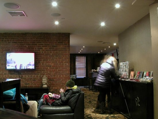 Broadway Hotel and Hostel: This is the rear common area, there are couches.