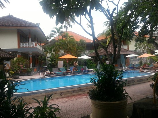 Wina Holiday Villa Hotel: View frm our room