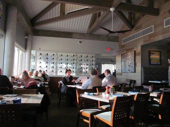 Sandbar Restaurant: Dining Room