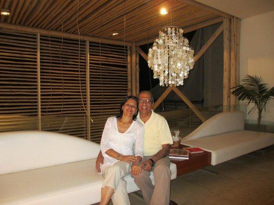 DCO Suites, Lounge & Spa: Mas que felices!!!!!