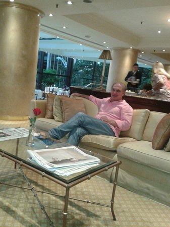 Park Tower, A Luxury Collection Hotel, Buenos Aires : Momento de relax en el Lounge
