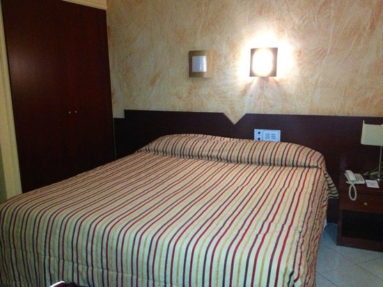 Life Boutique Hotel: Hotel room